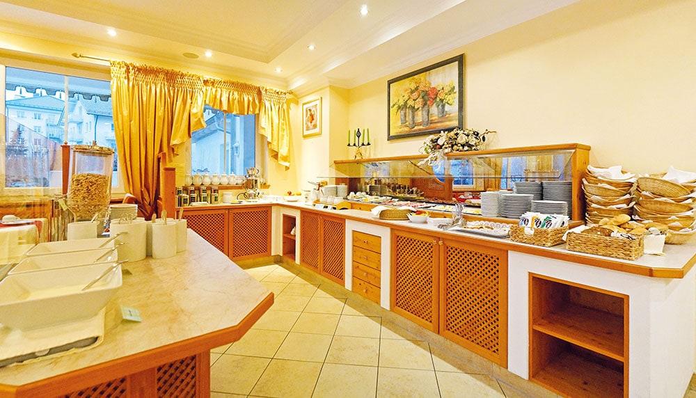 hotel vital vallaster garni bad füssing frühstücksbuffet